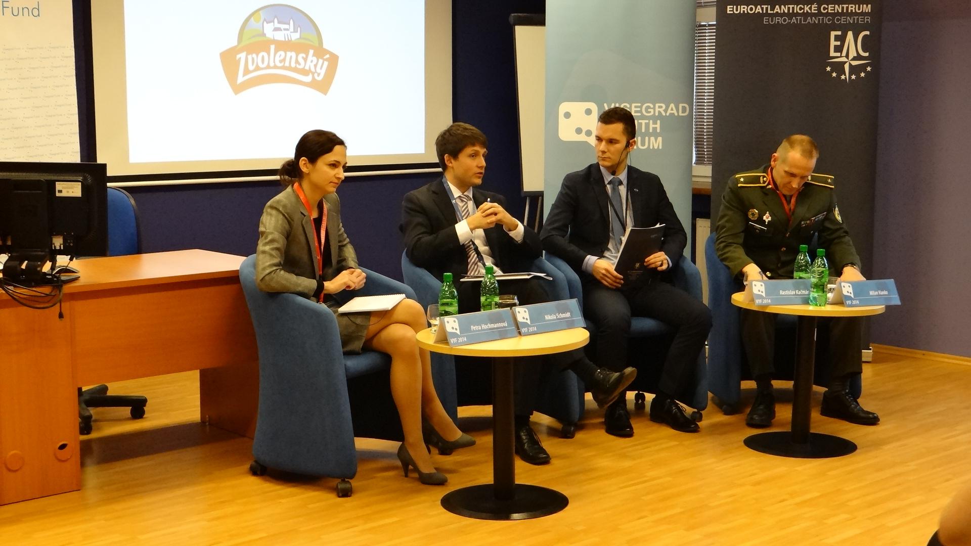 Visegrad Youth Forum: Na kybernetické útoky dopláca najmä civilné obyvateľstvo