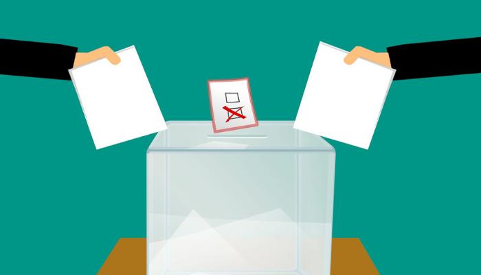 Ďalšie voľby budú v roku 2020, už teraz ich ovplyvňujú dezinformátori