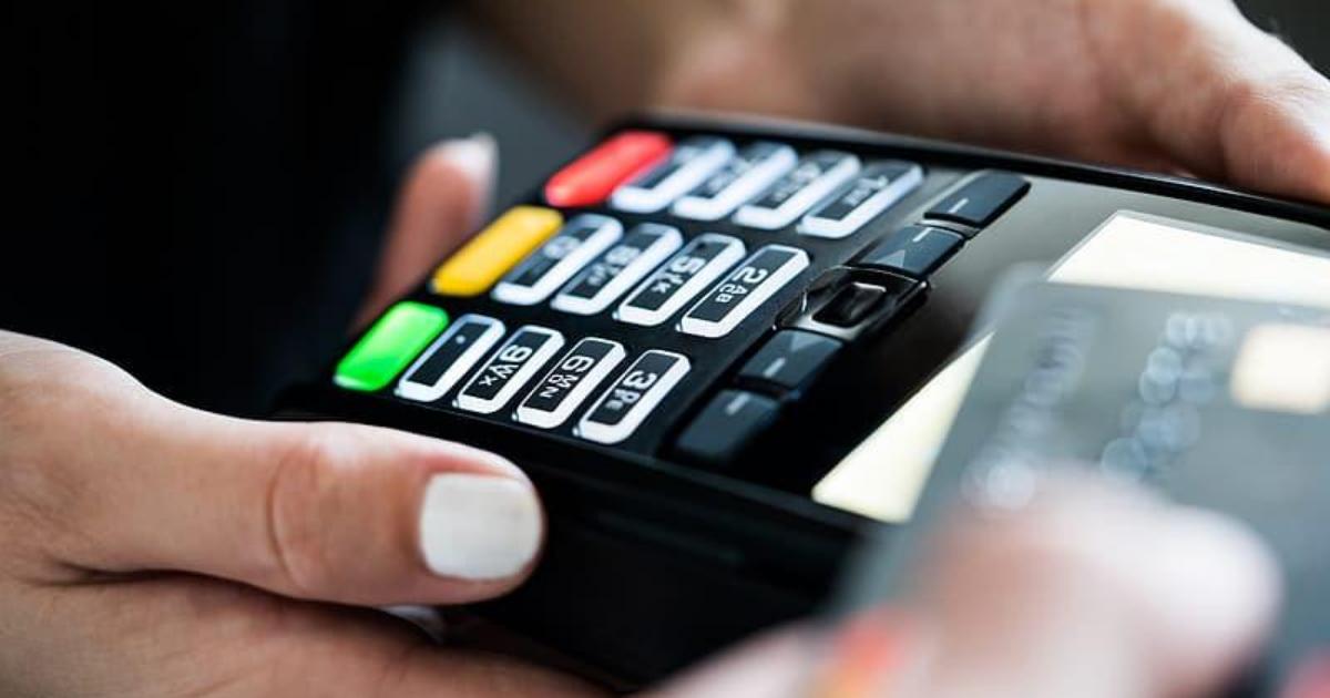 V deviatich miliardách platobných kariet je bezpečnostná diera, problém má najmä Visa