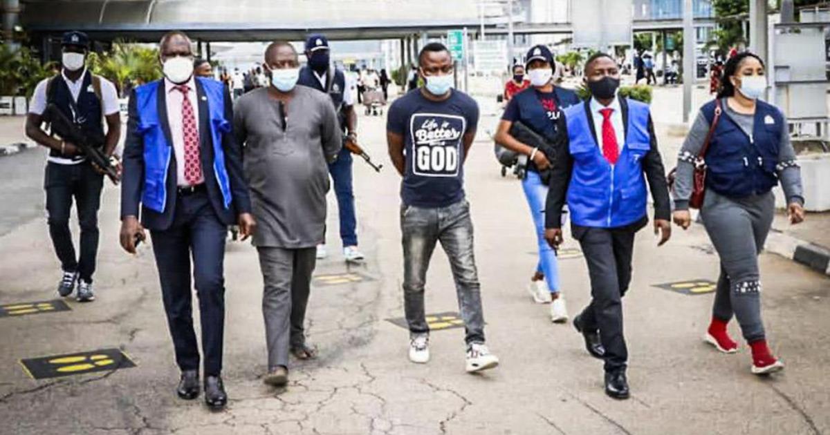 Operácia vedená Interpolom dolapila nigérijských kyberzločincov