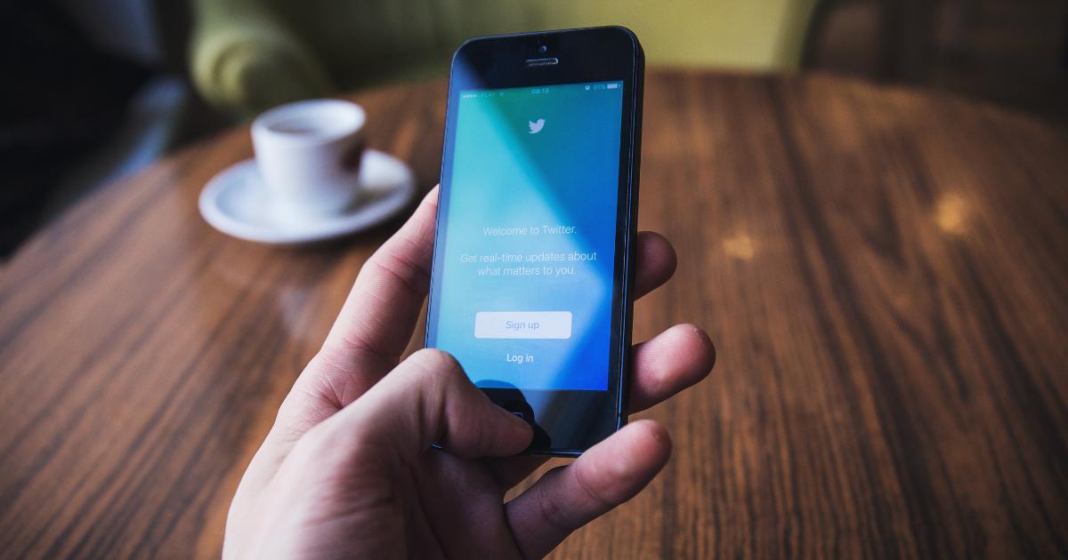 Falošné profily na Twitteri kritizovali belgickú stopku Huaweiu