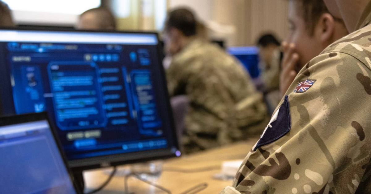 Briti budujú kyberarmádu, chcú udržať krok s novými hrozbami