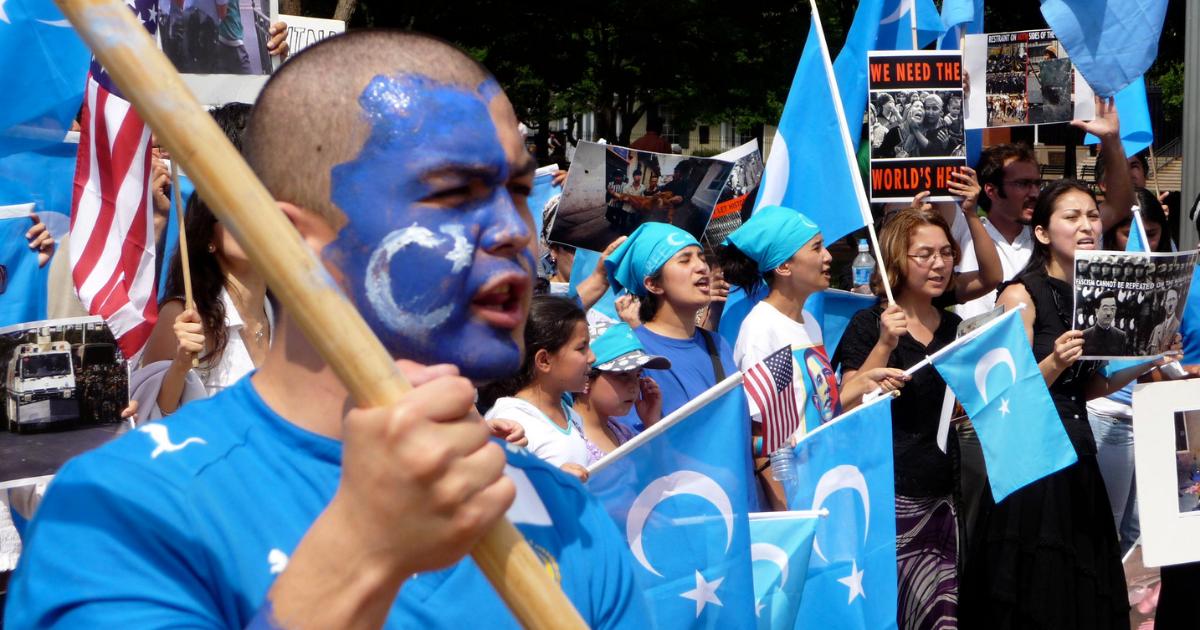 Facebook odhalil sieť čínskych hackerov, utláčali a sledovali ujgurskú menšinu
